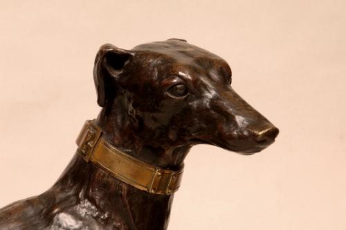 Figura de perro galgo tumbado. Atribuido a Antoine Andrée Ravrio